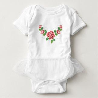 Stickerei-Rosen-Verzierung Baby Strampler