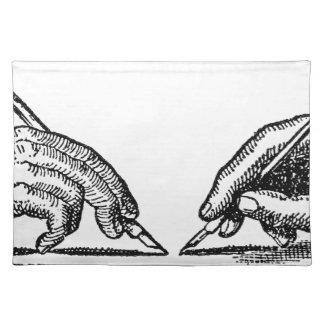 Stift ist mächtiger als die Hände des Stofftischset