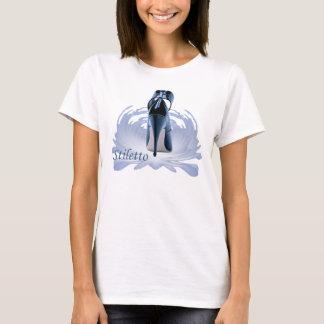 Stilett auf einem Sockel T-Shirt