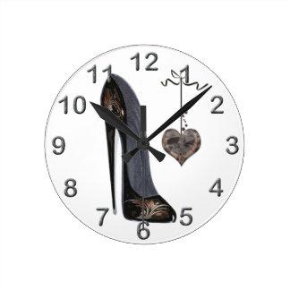 Stilett-Schuh-Kunst-Uhren Runde Wanduhr
