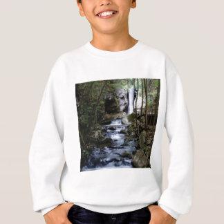 stiller Strom im Wald Sweatshirt