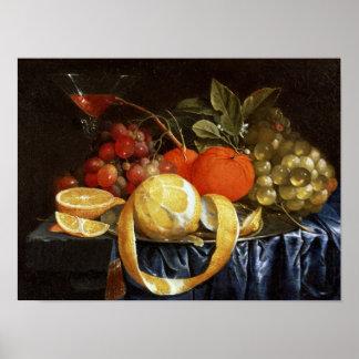 Stillleben der Trauben, der Orangen und der abgezo Poster