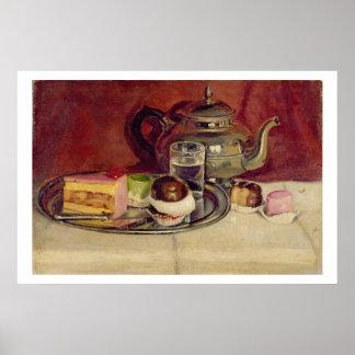 Stillleben mit Kuchen und einer Silber-Teekanne Poster
