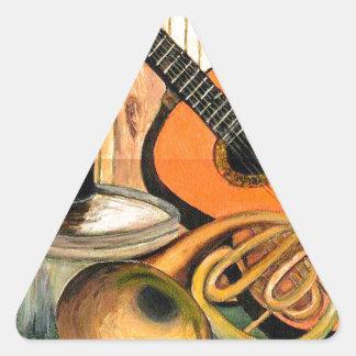 Stillleben mit Musikinstrumenten Dreieckiger Aufkleber