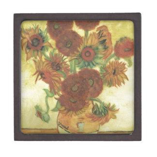 Stillleben: Sonnenblumen Kiste