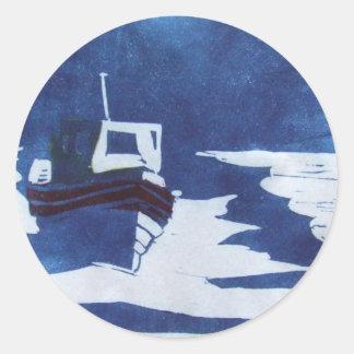 stillstehendes Boot Runder Sticker