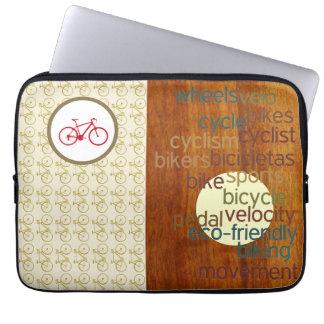 stilvolles Radfahren bezogen Laptop Computer Schutzhüllen