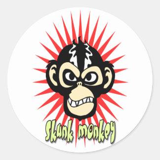 Stinktier-Affe-Aufkleber Runder Aufkleber