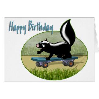 Stinktier auf einem Skateboard-Geburtstag Karte