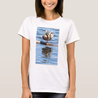 Stockente, die Yoga tut T-Shirt