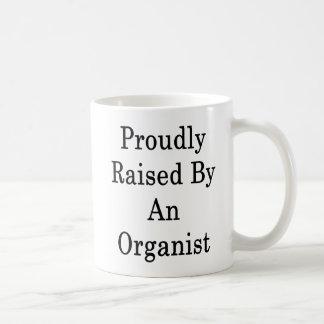 Stolz angehoben durch einen Organisten Kaffeetasse