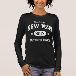 Stolz, junge Mutter 2017 zu sein Langarm T-Shirt