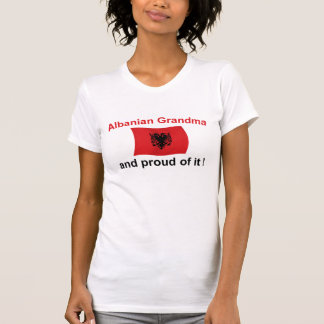 Stolze albanische Großmutter 2 T-Shirts