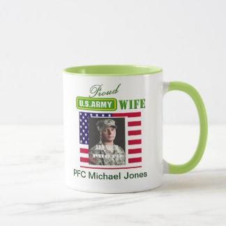 Stolze Armee-Ehefrau-Kaffeetasse - addieren Sie Tasse