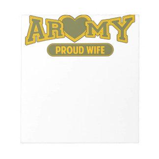 Stolze Armee-Ehefrau Notizblock