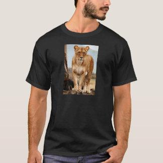 Stolze Löwin T-Shirt