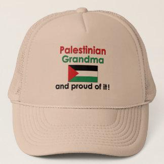 Stolze palästinensische Großmutter Truckerkappe