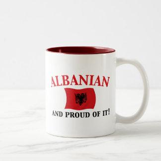 Stolzer Albaner Zweifarbige Tasse