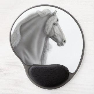 Stolzes schwarzes friesisches Pferdegel Mousepad