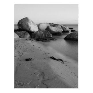 Stones in the sea postkarten