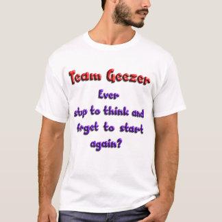 Stoppen Sie überhaupt, um zu denken und zu T-Shirt
