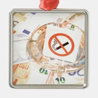 Stoppen Sie zu rauchen Silbernes Ornament