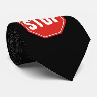 Stoppschild Krawatte