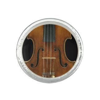 Stradivari Nahaufnahme Ring