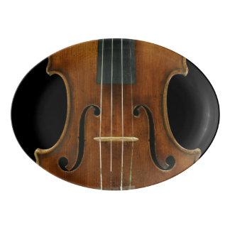 Stradivari Violinen-Detail über Schwarzes Porzellan Servierplatte