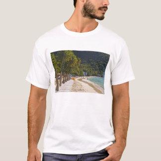Strand an der Stock-Garten-Bucht, Insel von T-Shirt