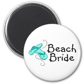 Strand-Braut (drehen Sie Reinfälle) um Magnete