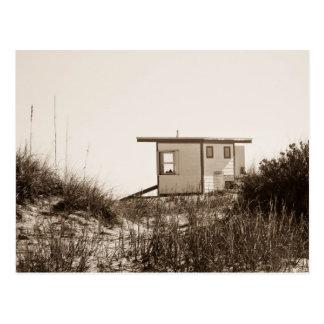 Strand-Bretterbude im Sepia Postkarte