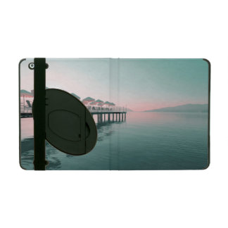Strand mit Pier und Regenschirmen iPad Hülle