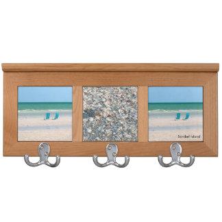 Strand-Stühle in der Sand Sanibel Insel Florida