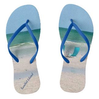 Strand-Stühle in der Sand Sanibel Insel Florida Flip Flops
