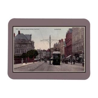 Straße Leicesters London von der Station, Tram, Magnet