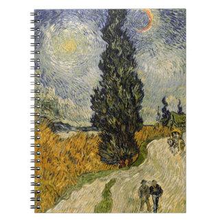 Straße Vincent van Goghs | mit Zypressen, 1890 Spiral Notizblock