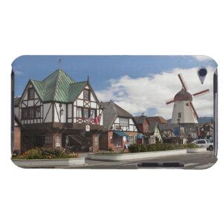 Straßen-Szene von historischem Solvang, 'das Dänis Barely There iPod Hüllen