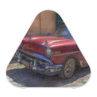 Straßenszene mit altem Auto in Havana Bluetooth Lautsprecher