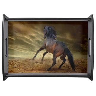 Sträubender wilder Mustang Tablett