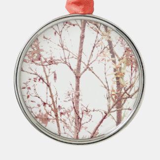 Strukturierter Natur-Druck Rundes Silberfarbenes Ornament