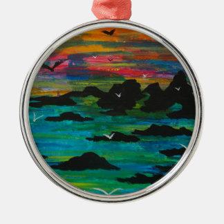 Sturm im Abstand Rundes Silberfarbenes Ornament