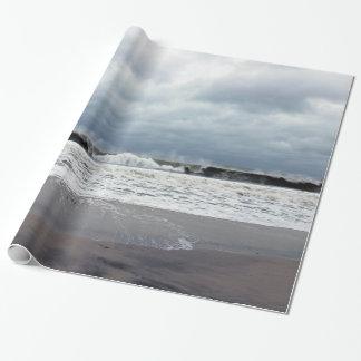 Stürmische Meere des Atlantiks Geschenkpapier