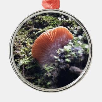 Stürmischer Myzel-Explosions-Pilz Rundes Silberfarbenes Ornament