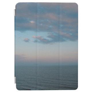 Stürmischer Ozean-Himmel iPad Air Hülle