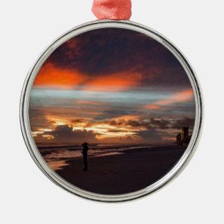 Stürmischer Sonnenuntergang Rundes Silberfarbenes Ornament