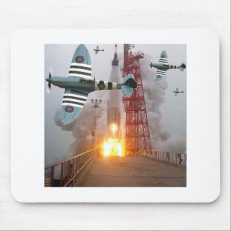 Sturzbomber-Angriffs-Rakete! Mousepads