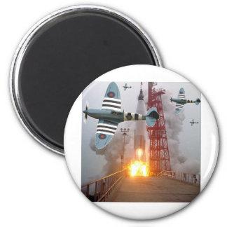 Sturzbomber-Angriffs-Rakete! Runder Magnet 5,7 Cm