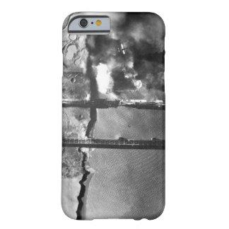 Sturzbomber der Marine AD-3 pulls_War Bild Barely There iPhone 6 Hülle