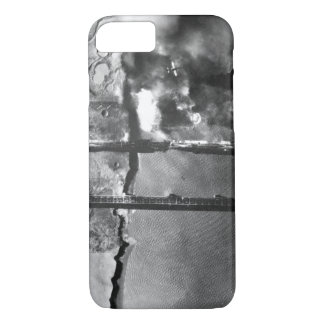 Sturzbomber der Marine AD-3 pulls_War Bild iPhone 7 Hülle